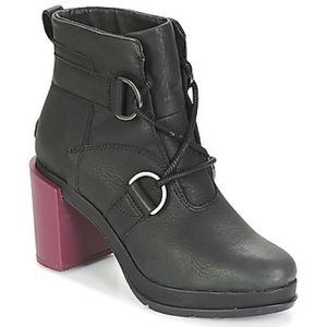 SOREL Margo lace ankle boots - NWOT
